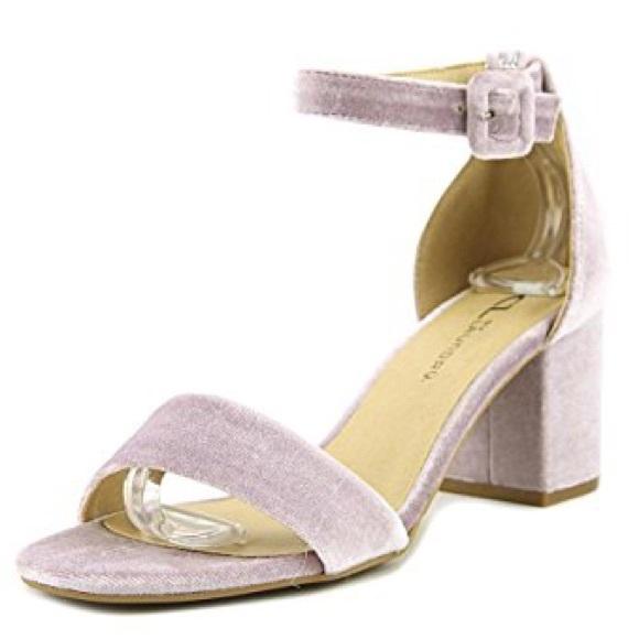 9ede8d60052 NIB CL by Laundry Jody Velvet Sandal - Size 8